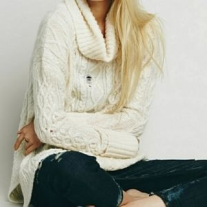 FREE PEOPLE Distressed Oversized Sweater XS